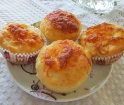 Солени мъфини със сирене